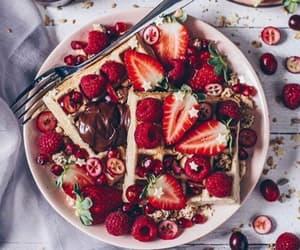 breakfast, fresas, and comida image