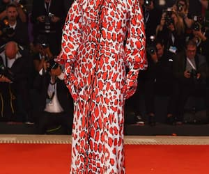 belleza, moda, and alfombra roja image