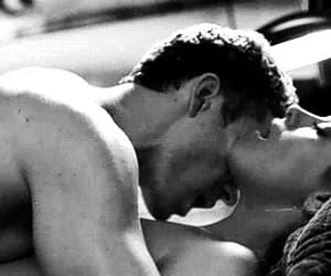gif and couples love kiss gif image