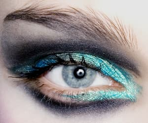 accesories, eyebrows, and eyes image