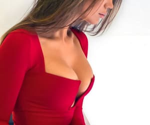 curves, girl, and outfit image