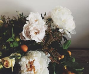 bouquet, rustic, and roses image