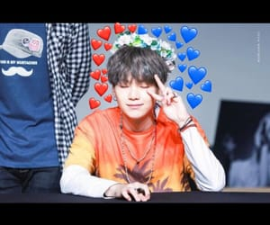 flower crowns, cute, and yoongi image