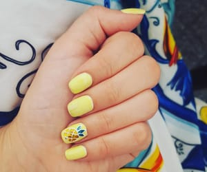 nails, sun, and pineapple image