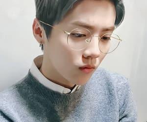 china, exo, and gray hair image