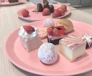 dessert and strawberrys image