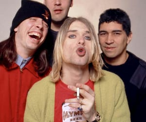 nirvana, kurt cobain, and 90s image