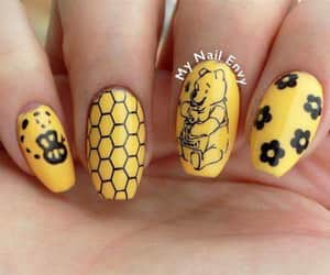 manicure, nails, and winnie pooh image