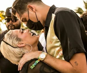 couple, geazy, and halsey image