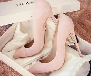 chaussures, pink, and heels image