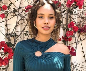 13 reasons why, 13rw, and alisha boe image