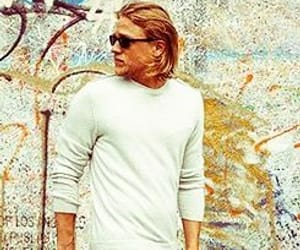 Charlie Hunnam, sons of anarchy, and sexy men image