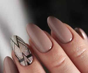 makeup+beauty, we heart it+beautiful, and nail polish+parlatıcl image