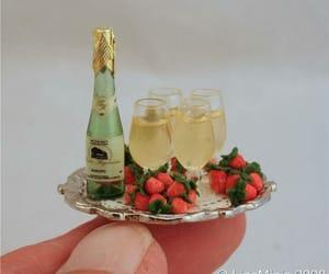 miniature food, mini strawberry, and mini champagne image
