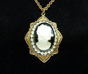 art deco, locket necklace, and Art Nouveau image