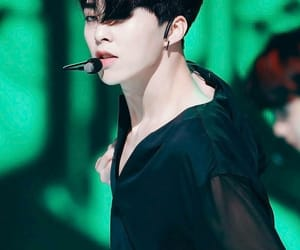 aesthetic, sexy, and kim minseok image
