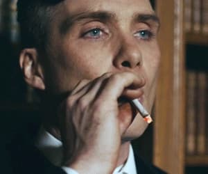 cillian murphy, gif, and thomasshelby image