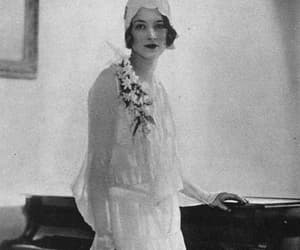 1929, flappers, and 20s fashion image