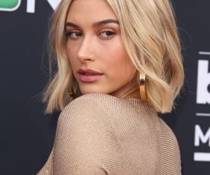 blonde, hb, and hailey baldwin image