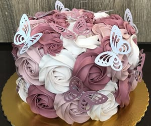 beautiful, cake, and flowers image