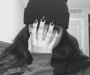 maggie lindemann and tattoo image