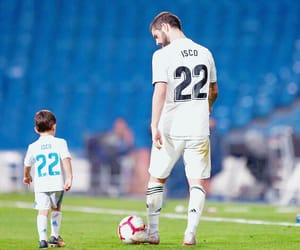 isco and hijo image