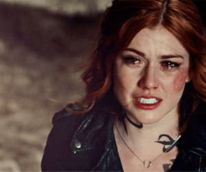 gif, shadowhunters, and clary fray image