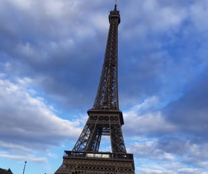 blue sky, eiffel tower, and torre eiffel image