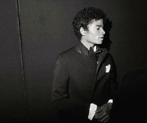 black and white, michael jackson, and bw image