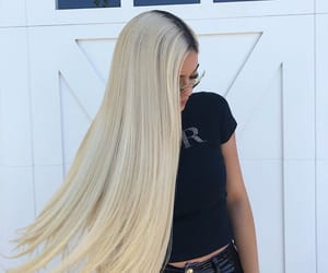 kylie jenner, blonde, and style image