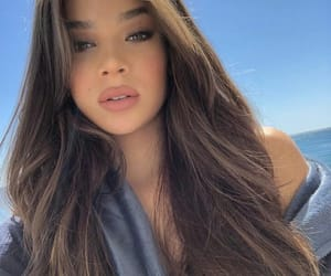 hailee steinfeld, style, and beauty image