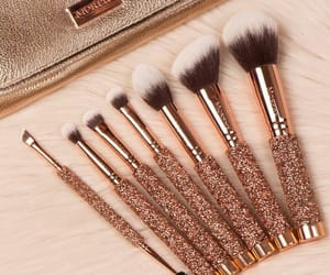 makeup brushes and glittery brushes image