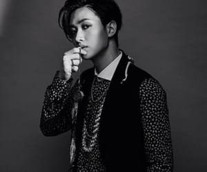 black and white, eunhyuk, and kpop image