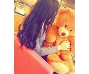 girls, teddy bear, and ﺭﻣﺰﻳﺎﺕ image