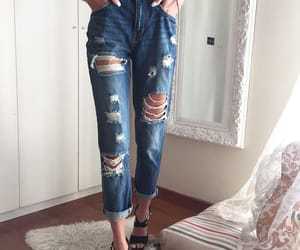 jeans, boyfriendjeans, and rippedjeans image