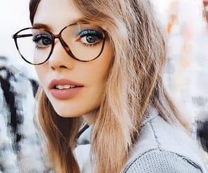 beauty, girls, and lentes image