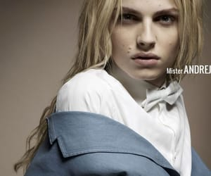 androgynous, blonde hair, and Super Model image