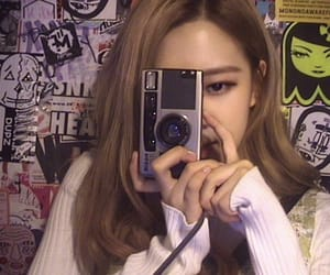 rose, roses_are_rosie, and blackpink image
