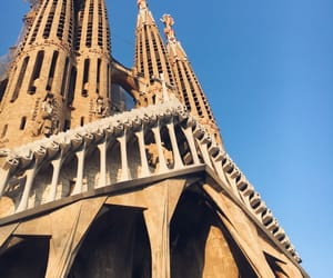 Barcelona, Sagrada Familia, and city image