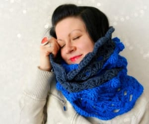 cowl, scarf, and infinity scarf image