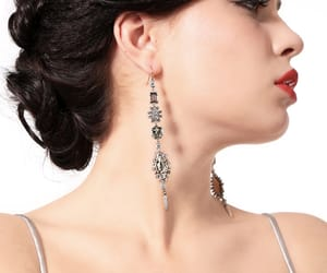 accesories, womenfashion, and earrings image