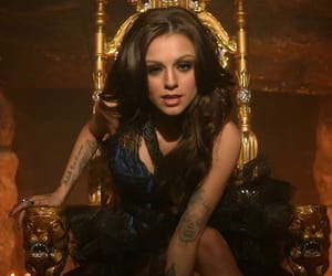 beauty, cher lloyd, and Queen image