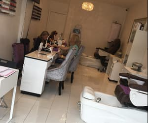 pedicure, gelish, and nailsalon image