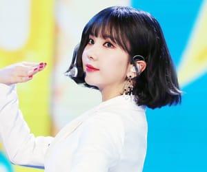 eunha, jung eunbi, and gfriend image