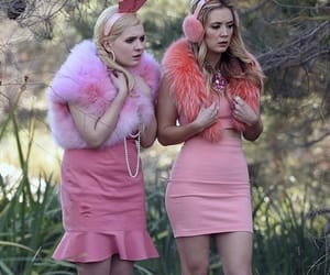 90s, gossip girl, and scream queens image