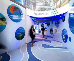 aquarium and water park image