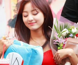 asian girls, k-pop, and sixteen image