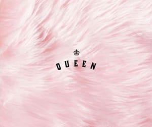 Queen and wallpaper image