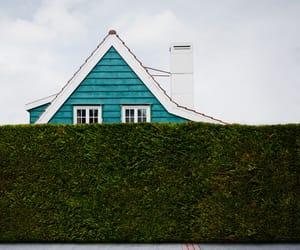 house and minimalism image