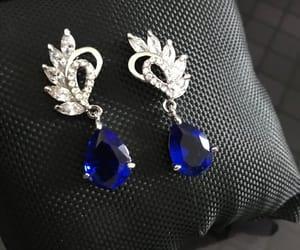 bridal jewelry, wedding jewelry, and dangle earrings image